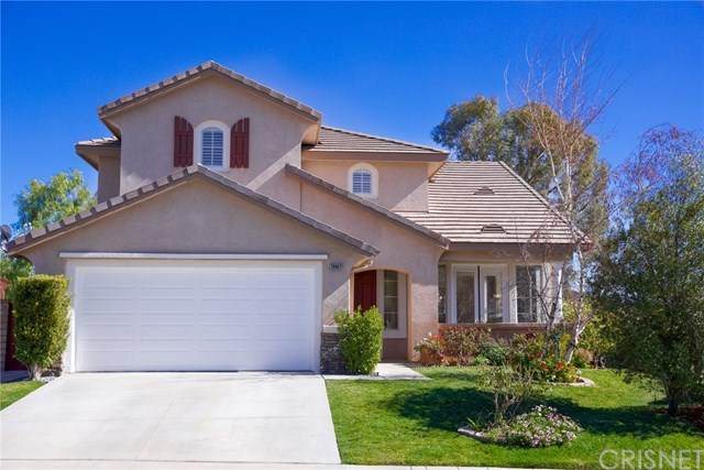 28902 Canyon Oak Place, Saugus, CA 91390 (#SR21036780) :: The Grillo Group