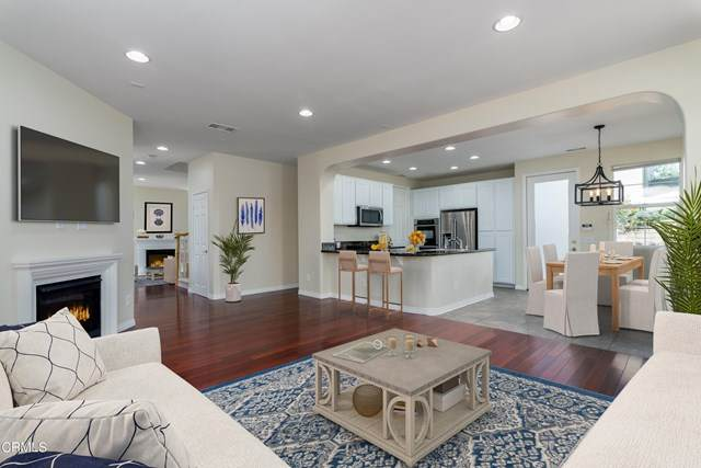 531 Village Commons Boulevard, Camarillo, CA 93012 (#V1-4920) :: TruLine Realty