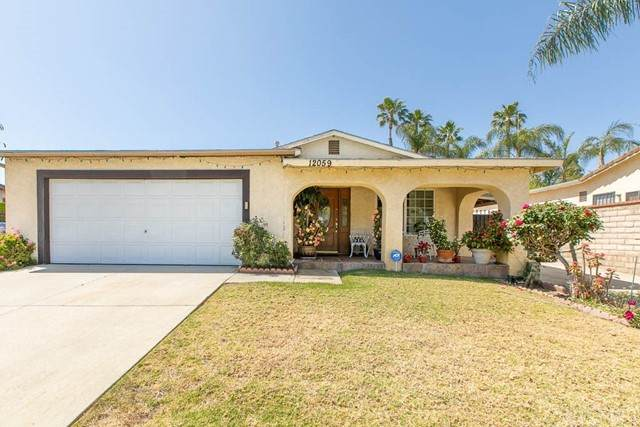 12059 Hoyt Street, Lakeview Terrace, CA 91342 (#SR21095877) :: Angelo Fierro Group | Compass