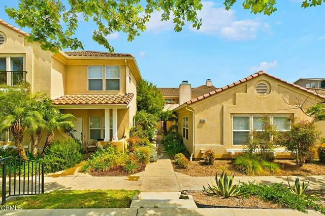11172 Darling Road, Ventura, CA 93004 (#V1-5718) :: The Grillo Group