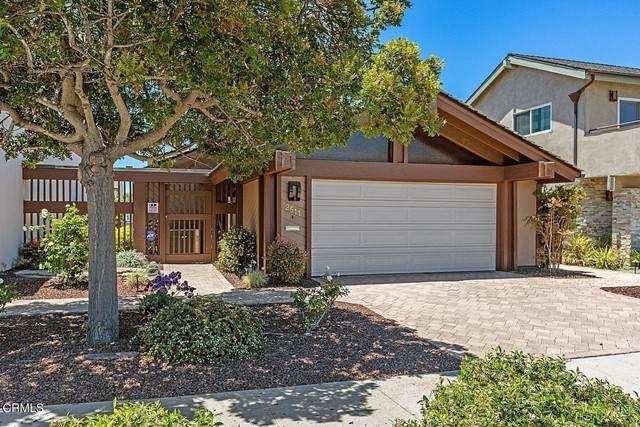 2511 Victoria Avenue, Oxnard, CA 93035 (#V1-6339) :: Montemayor & Associates