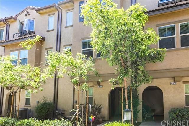 14105 W Chapparel Lane, Los Angeles, CA 91405 (#SR21128659) :: Lydia Gable Realty Group