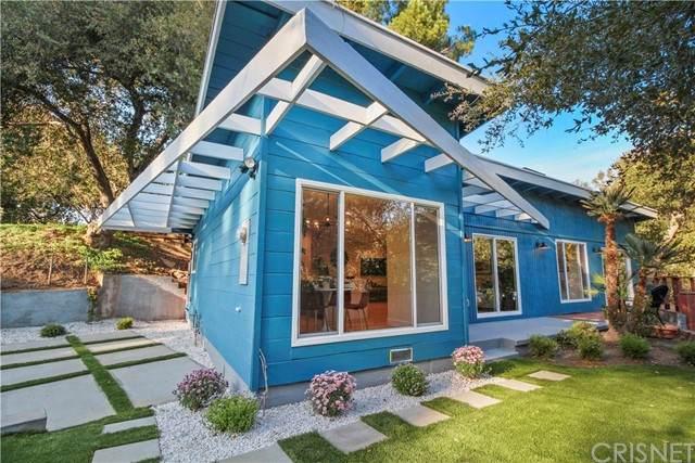 4325 Canoga Avenue, Woodland Hills, CA 91364 (#SR21133179) :: Montemayor & Associates