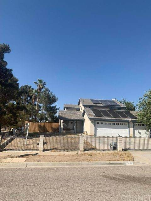 10820 Bonanza Road, Adelanto, CA 92301 (#SR21134386) :: TruLine Realty