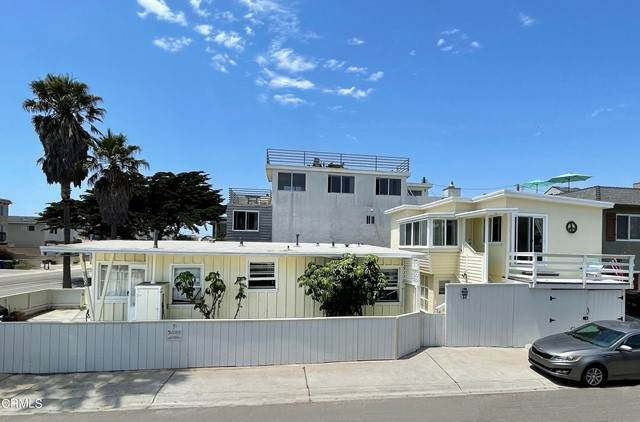 1100 Ocean Drive, Oxnard, CA 93035 (#V1-7020) :: Berkshire Hathaway HomeServices California Properties