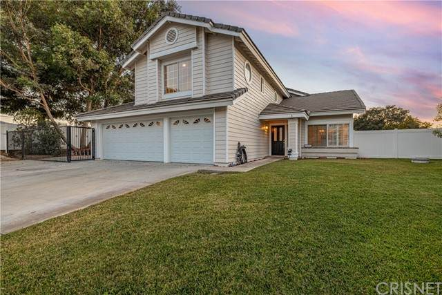 27901 Park Meadow Drive, Canyon Country, CA 91387 (#SR21159091) :: The Grillo Group