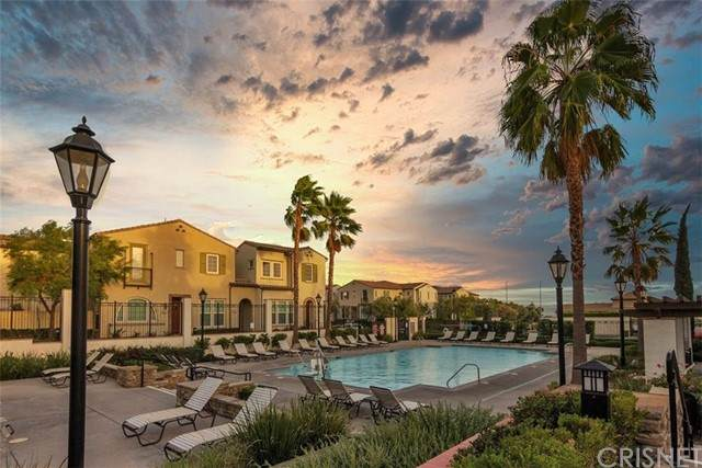 11255 Paseo Mirasol #24, Porter Ranch, CA 91326 (#SR21224798) :: Powell Fine Homes Group, Inc.