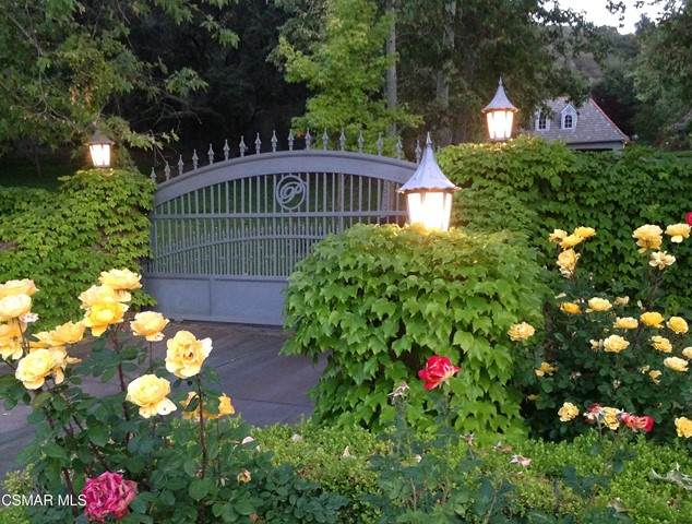 600 E Carlisle Road, Thousand Oaks, CA 91361 (#221005600) :: Powell Fine Homes Group, Inc.