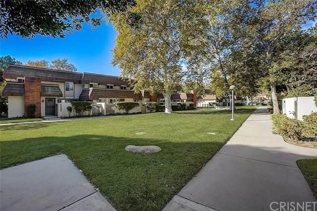 22232 James Alan Circle #1, Chatsworth, CA 91311 (#SR21232361) :: Vida Ash Properties | Compass