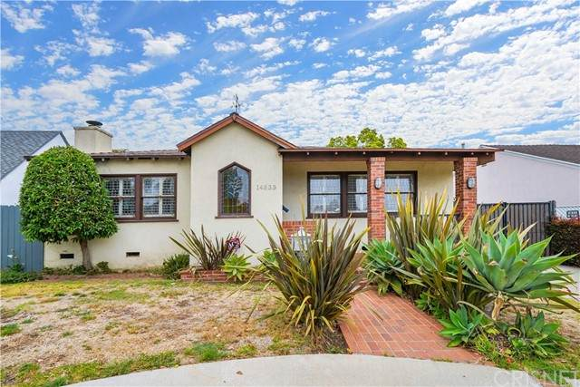 14833 W Sunset Boulevard, Pacific Palisades, CA 90272 (#SR21101121) :: TruLine Realty