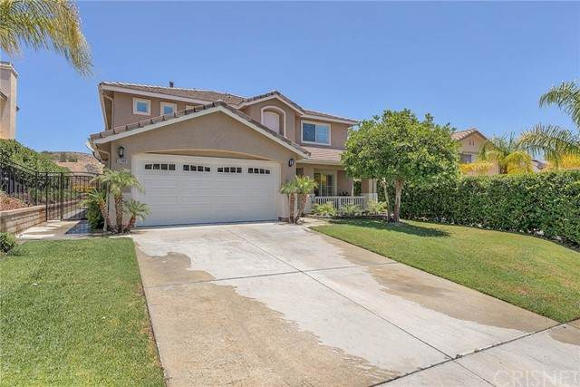 32688 The Old Road, Castaic, CA 91384 (#SR21132953) :: The Grillo Group
