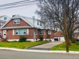 17 Woodbury Avenue - Photo 1