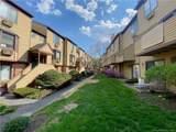 8 Oakwood Avenue - Photo 3