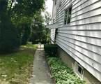 211 Booth Street - Photo 3