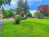 251 Melville Drive - Photo 11