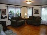 270 Middlesex Avenue - Photo 7