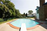 335 Seabreeze Drive - Photo 1