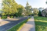 96 Strawberry Hill Avenue - Photo 14
