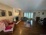 988 Wolf Hill Road - Photo 10