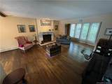 988 Wolf Hill Road - Photo 11