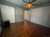 988 Wolf Hill Road - Photo 17
