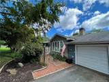 988 Wolf Hill Road - Photo 2