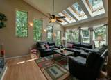 9 Carriage Hill Drive - Photo 7