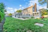 102 Rochford Avenue - Photo 32