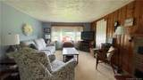 581 Westminster Road - Photo 17