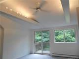 105 Middlesex Avenue - Photo 18