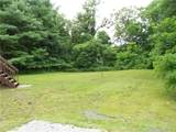 105 Middlesex Avenue - Photo 31
