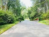 8 Wakerobin Road - Photo 35