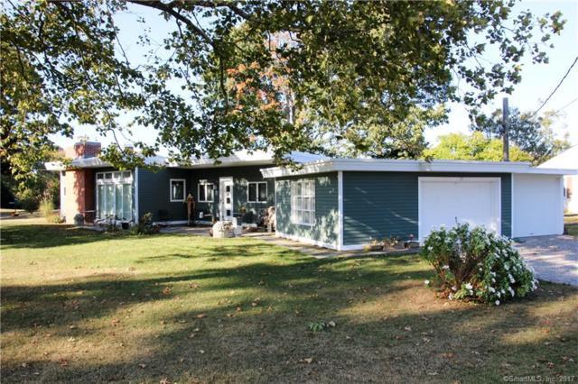 17 Fenwood Drive, Old Saybrook, CT 06475 (MLS #170022060) :: Carbutti & Co Realtors