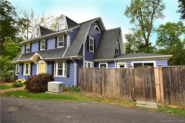 18 Foxcroft Road, West Hartford, CT 06119 (MLS #170024873) :: Carbutti & Co Realtors