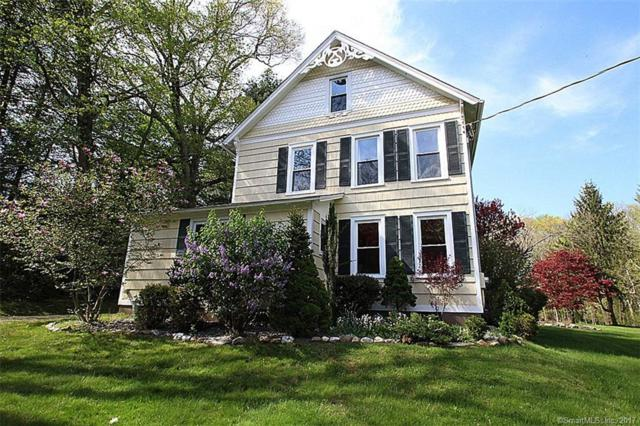 19 Center Road, Woodbridge, CT 06525 (MLS #170034776) :: Carbutti & Co Realtors