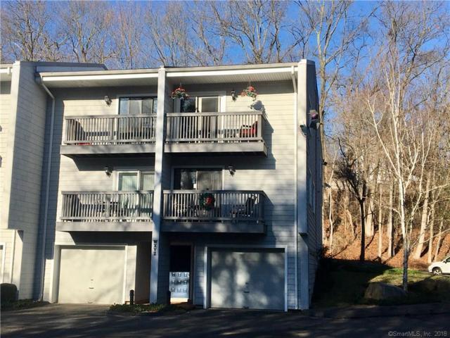 16 Rockmeadow Road Y, Norwalk, CT 06850 (MLS #170045024) :: The Higgins Group - The CT Home Finder
