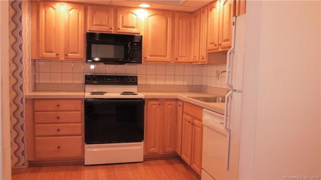 707 Mix Avenue #43, Hamden, CT 06514 (MLS #170054092) :: Carbutti & Co Realtors