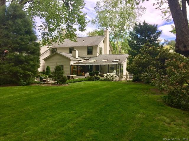8 Grandview Terrace, Essex, CT 06426 (MLS #170057278) :: Carbutti & Co Realtors