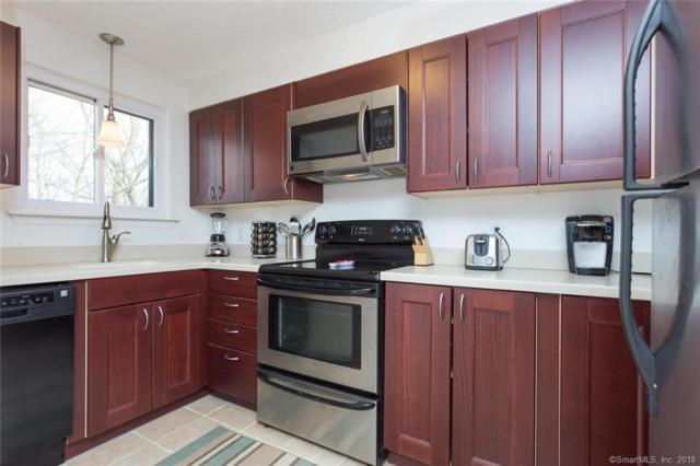 17 Coram Road 7D, Shelton, CT 06484 (MLS #170058593) :: Carbutti & Co Realtors
