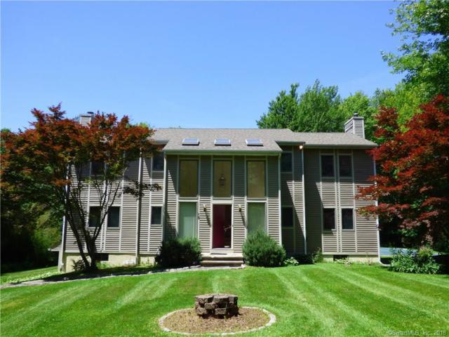 18 White Tail Lane, Brookfield, CT 06804 (MLS #170094998) :: Carbutti & Co Realtors