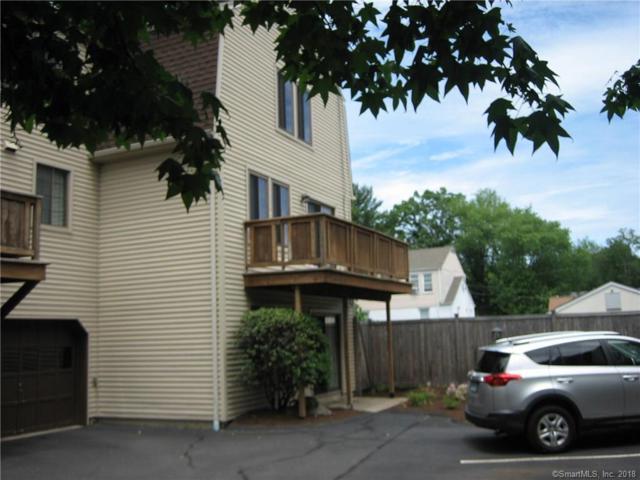 105 Columbus Place #9, Stamford, CT 06907 (MLS #170097957) :: Carbutti & Co Realtors