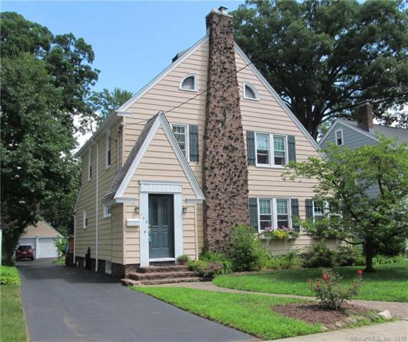 153 Woodlawn Street, Hamden, CT 06517 (MLS #170102682) :: Hergenrother Realty Group Connecticut