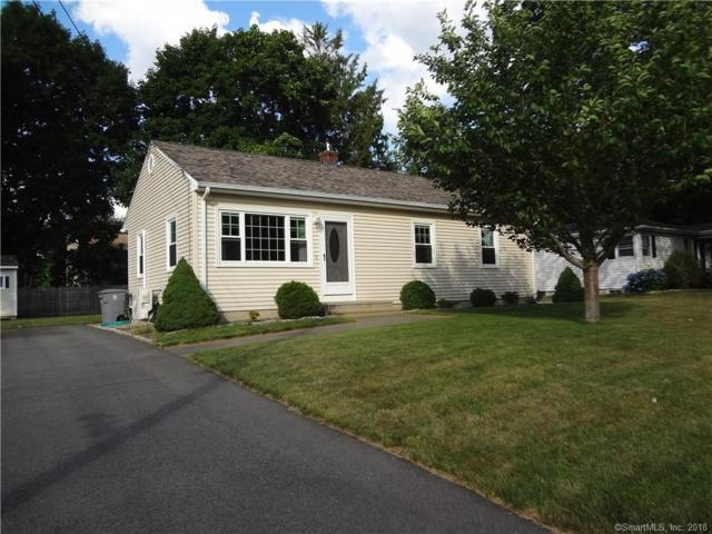 11 Foster Leigh Road, East Lyme, CT 06357 (MLS #170107584) :: Carbutti & Co Realtors