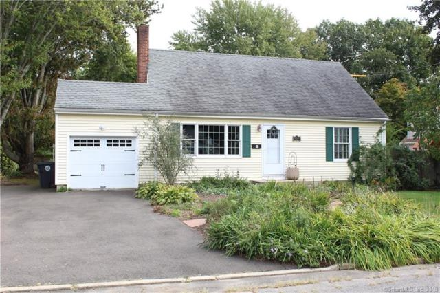 40 Lynmoor Street, Milford, CT 06460 (MLS #170113621) :: Carbutti & Co Realtors