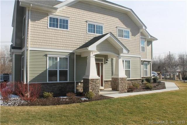 2 Bainbridge Boulevard #2, Bethel, CT 06801 (MLS #170125467) :: The Higgins Group - The CT Home Finder