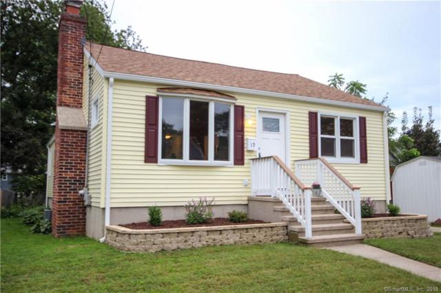 19 Aimes Drive, West Haven, CT 06516 (MLS #170126006) :: Stephanie Ellison