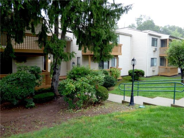12 Woodland Drive #12, Cromwell, CT 06416 (MLS #170130188) :: Carbutti & Co Realtors