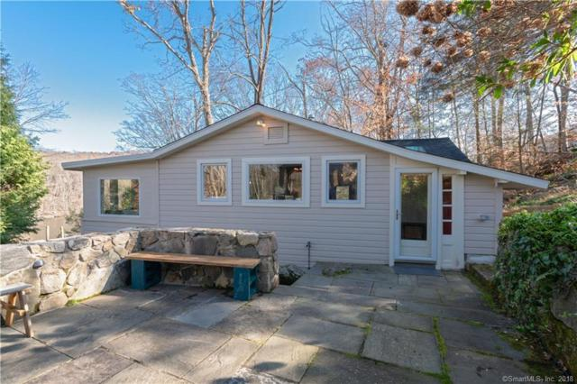 1 Algonquin Trail, Newtown, CT 06482 (MLS #170143782) :: Hergenrother Realty Group Connecticut