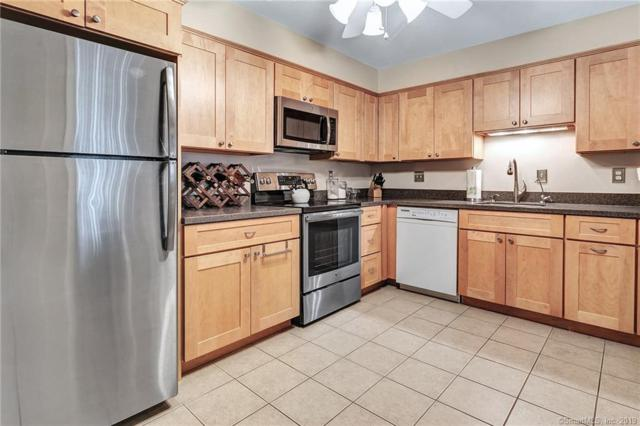 1460 Elm Street #320, Stratford, CT 06615 (MLS #170154637) :: Hergenrother Realty Group Connecticut