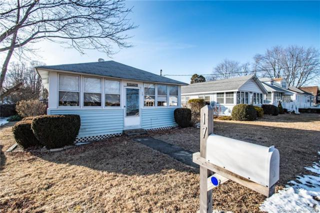 17 Old Colony Road, Old Lyme, CT 06371 (MLS #170156096) :: Anytime Realty